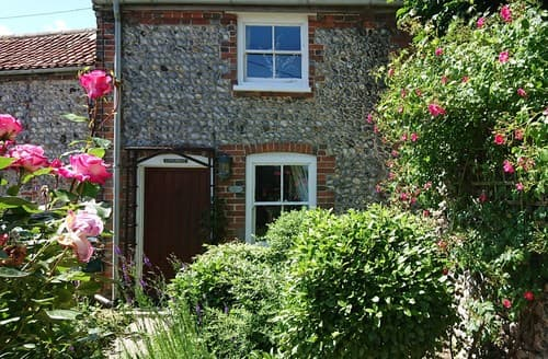 Last Minute Cottages - Attractive Cromer Cottage S98496