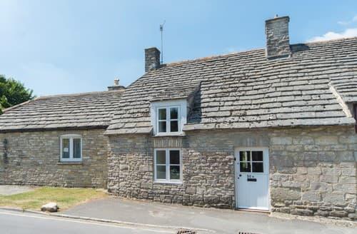 Last Minute Cottages - Charming Corfe Castle Cottage S101375
