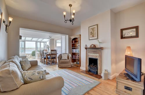 Last Minute Cottages - Attractive Appledore Cottage S122752