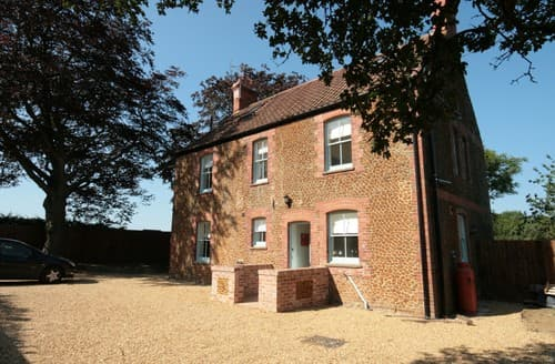 Last Minute Cottages - Superb Thornham House S114515