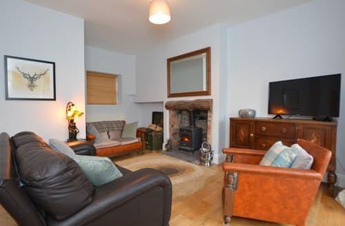 Last Minute Cottages - Excellent Penmaenmawr House S94459