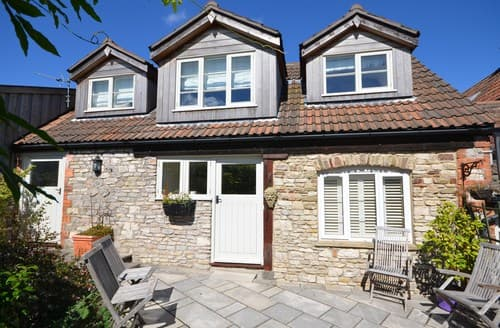Last Minute Cottages - Beautiful Bristol Cottage S8623
