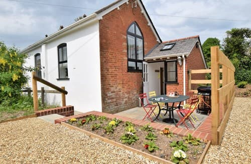 Last Minute Cottages - Delightful Fordingbridge Cottage S94176