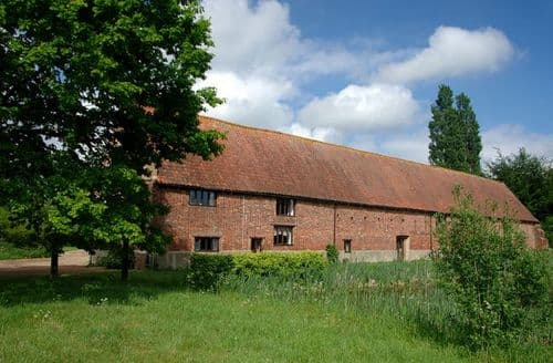 Last Minute Cottages - Adorable Norwich Barn S7555
