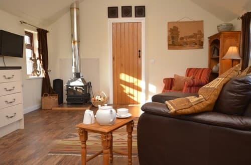 Last Minute Cottages - Inviting Axbridge Barn S78765