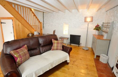 Last Minute Cottages - Cosy Kidwelly Cottage S71486