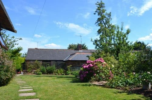 Last Minute Cottages - Splendid  Cottage S12634