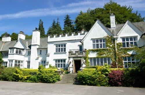 Last Minute Cottages - Attractive Hawkshead Apartment S79656