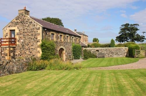Last Minute Cottages - Luxury Bamburgh Cottage S97944