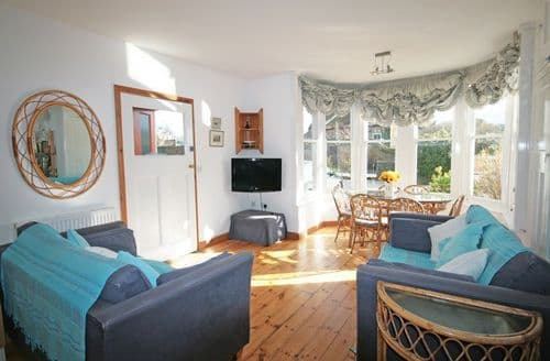 Last Minute Cottages - Tasteful Heacham Apartment S114538