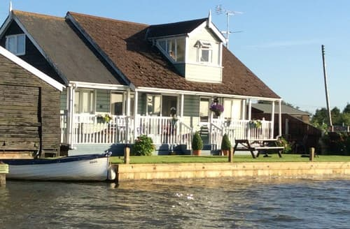 Big Cottages - Charming Great Yarmouth Cottage S42425