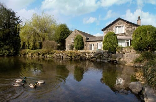 Last Minute Cottages - Quaint Nr Cartmel Apartment S94534