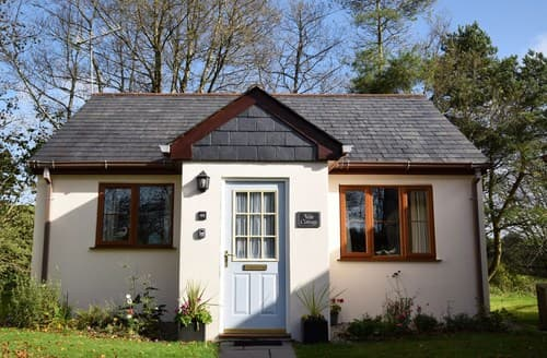 Last Minute Cottages - Inviting Camelford Cottage S12935