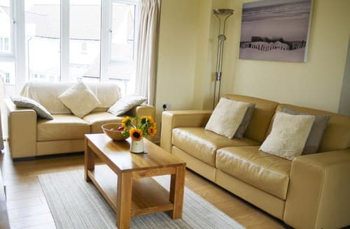 Last Minute Cottages - Charming Camber Apartment S72455