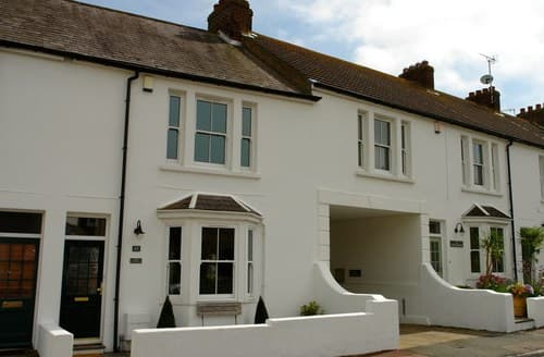 Big Cottages - Attractive Eastbourne House S89416