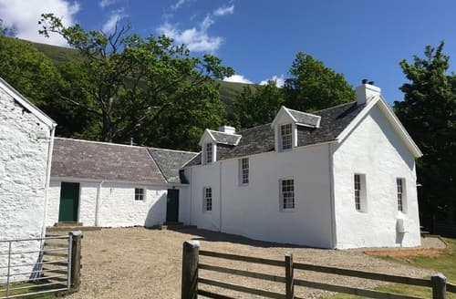 Big Cottages - Charming Dunoon Cottage S70611