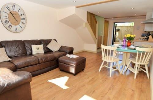 Last Minute Cottages - Wonderful Axminster Cottage S42566