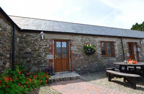 Last Minute Cottages - Inviting Looe Cottage S8046