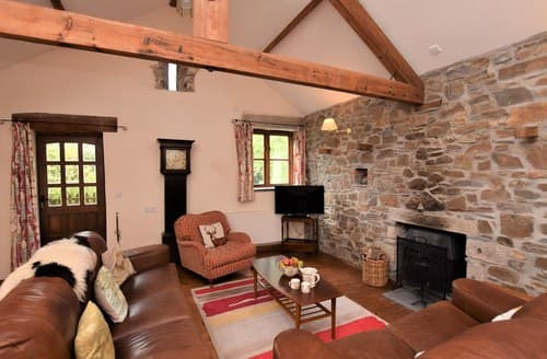 Last Minute Cottages - Charming Launceston Barn S8094