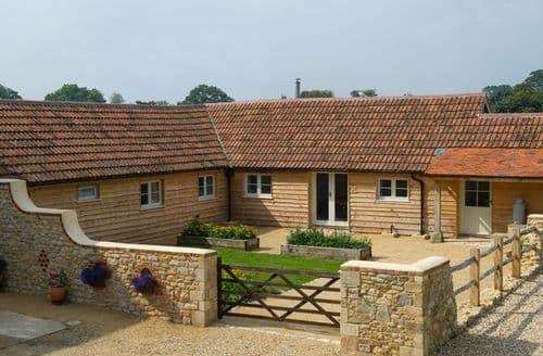 Last Minute Cottages - Superb Sturminster Newton Barn S9676
