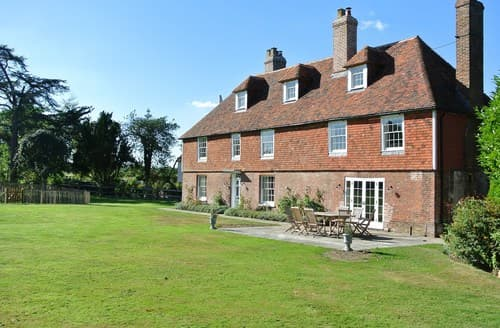 Last Minute Cottages - Splendid Marden House S72450