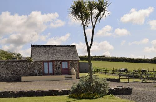 Last Minute Cottages - Gorgeous Bideford Barn S57480