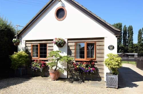 Last Minute Cottages - Tasteful Devizes Barn S98252