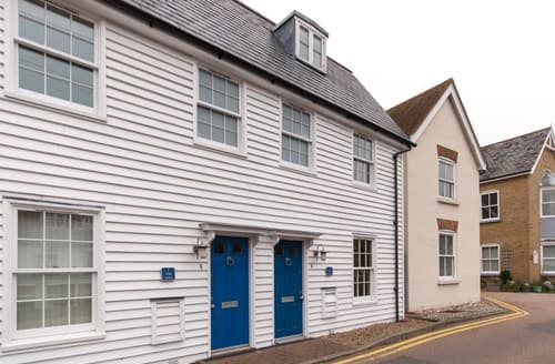 Last Minute Cottages - Luxury Whitstable Cottage S93227