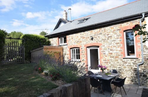 Last Minute Cottages - Delightful Umberleigh Barn S82903