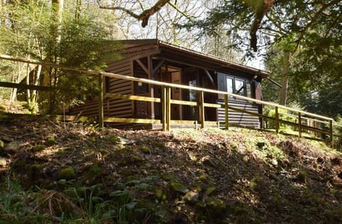 Last Minute Cottages - Attractive Ambleside Log Cabin S80071