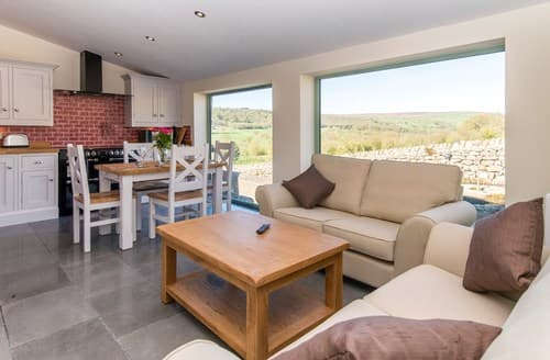 Big Cottages - Exquisite Harrogate Barn S122116
