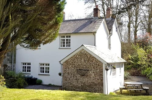 Last Minute Cottages - Inviting Holsworthy Cottage S8731