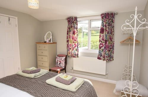 Last Minute Cottages - Stunning Shaftesbury Barn S80236