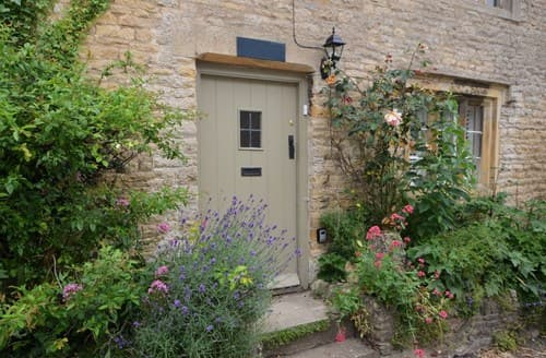 Last Minute Cottages - Attractive Cheltenham Cottage S78598