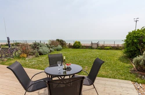 Last Minute Cottages - Superb Pevensey Bay House S72519