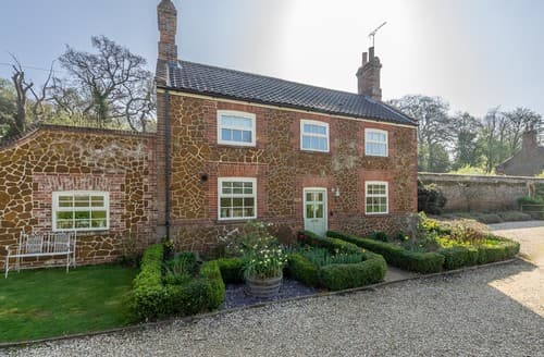 Last Minute Cottages - Tasteful Ingoldisthorpe Cottage S114478