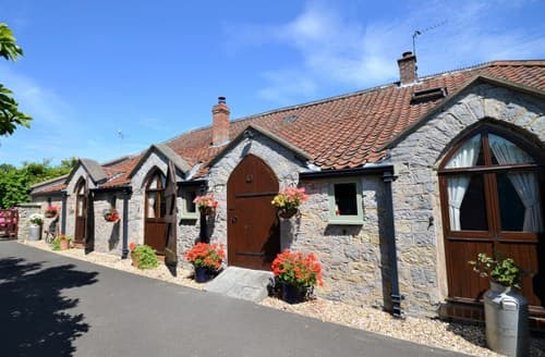 Last Minute Cottages - Inviting Bridgwater Barn S8001