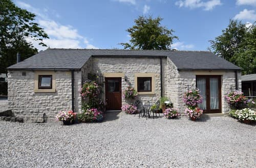 Last Minute Cottages - Adorable Bradwell Cottage S59079