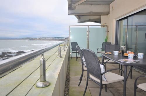 Last Minute Cottages - Cosy Bideford Apartment S59969