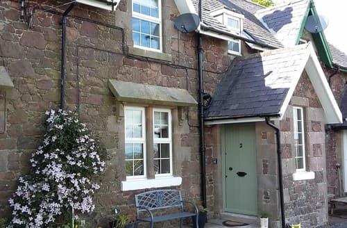 Last Minute Cottages - Exquisite Mindrum Cottage S80459