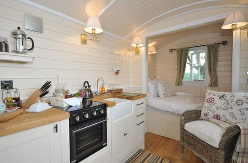 Last Minute Cottages - Attractive Hereford Log Cabin S58094