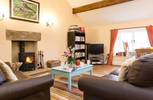 Last Minute Cottages - Gorgeous Castleton Cottage S59092