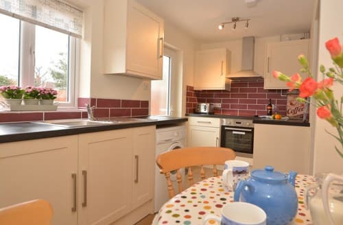 Last Minute Cottages - Wonderful Sheringham Cottage S79777