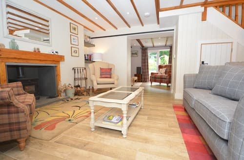 Last Minute Cottages - Quaint Swansea Cottage S101236