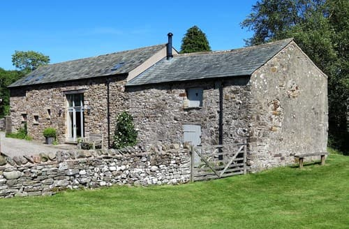 Last Minute Cottages - Luxury Caldbeck Barn S94531
