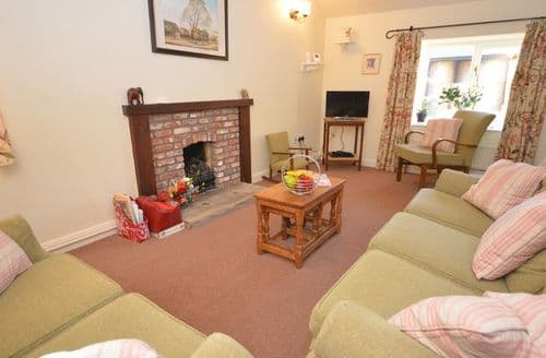 Last Minute Cottages - FCH9682