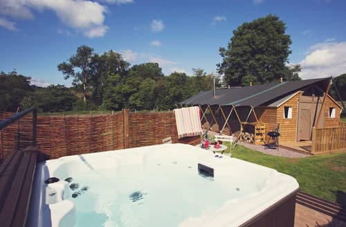Last Minute Cottages - Charming Abergavenny Log Cabin S49802