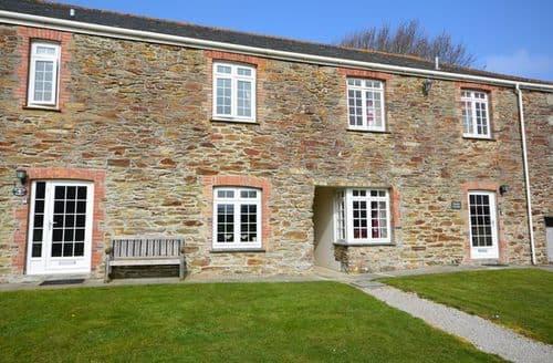 Last Minute Cottages - Quaint Truro Cottage S8516