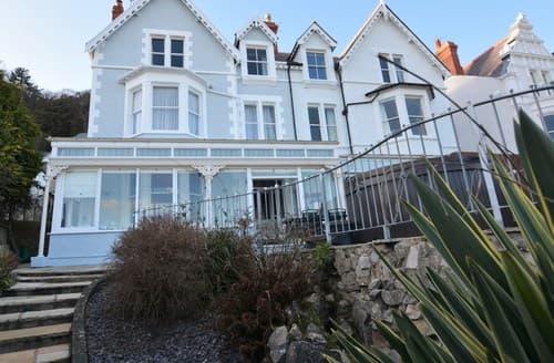 Dog Friendly Cottages - Charming Llandudno House S84388