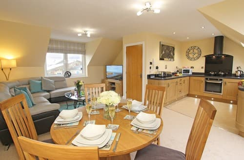 Last Minute Cottages - Cosy Seahouses House S98084